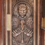 DOORS OF THRONES CROWDRIFF